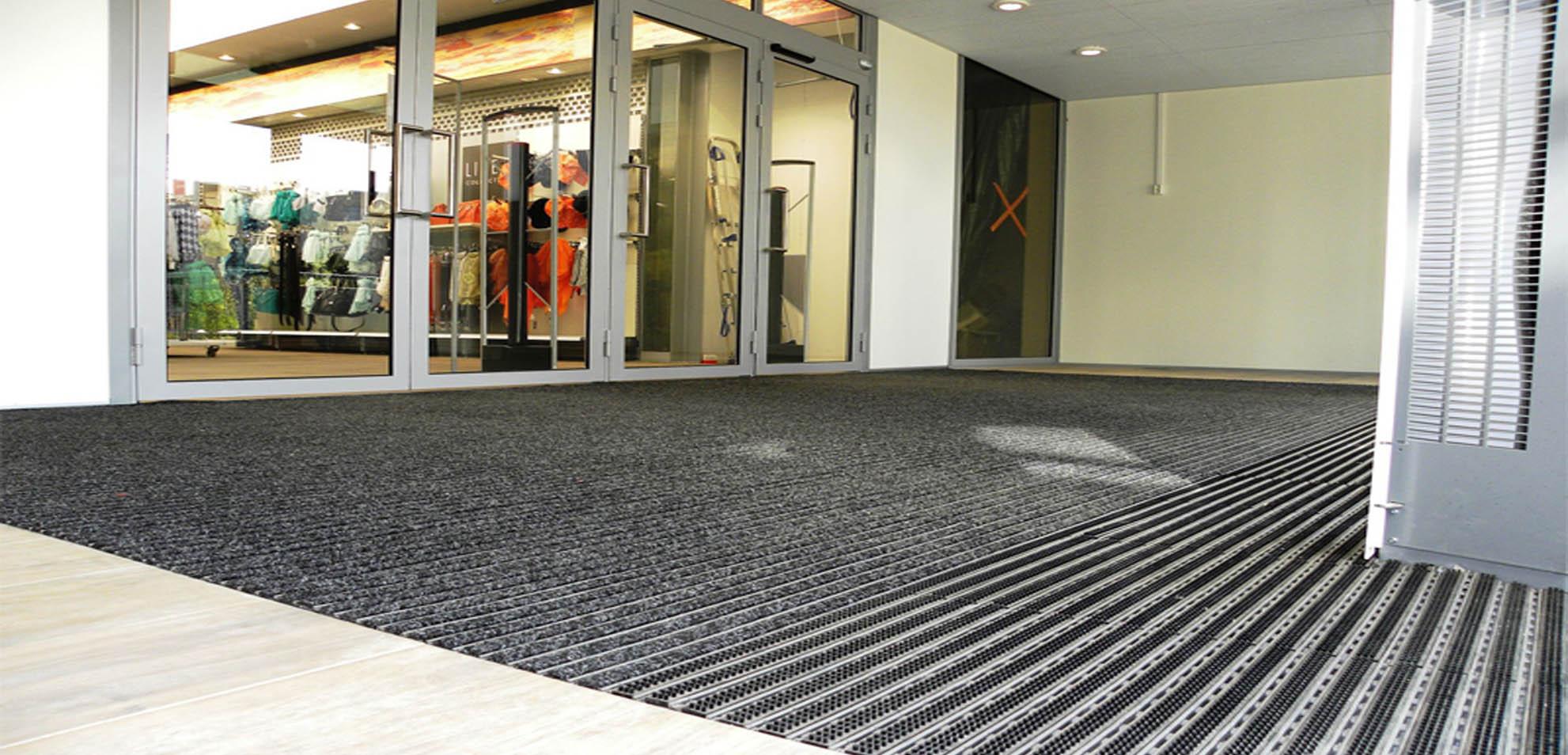 Floor mats dubai - Banner